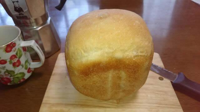 ホームベーカリーでぶどうパン